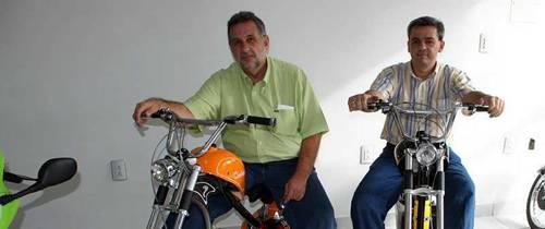 Bicimotos: una moda que se impone en Santander