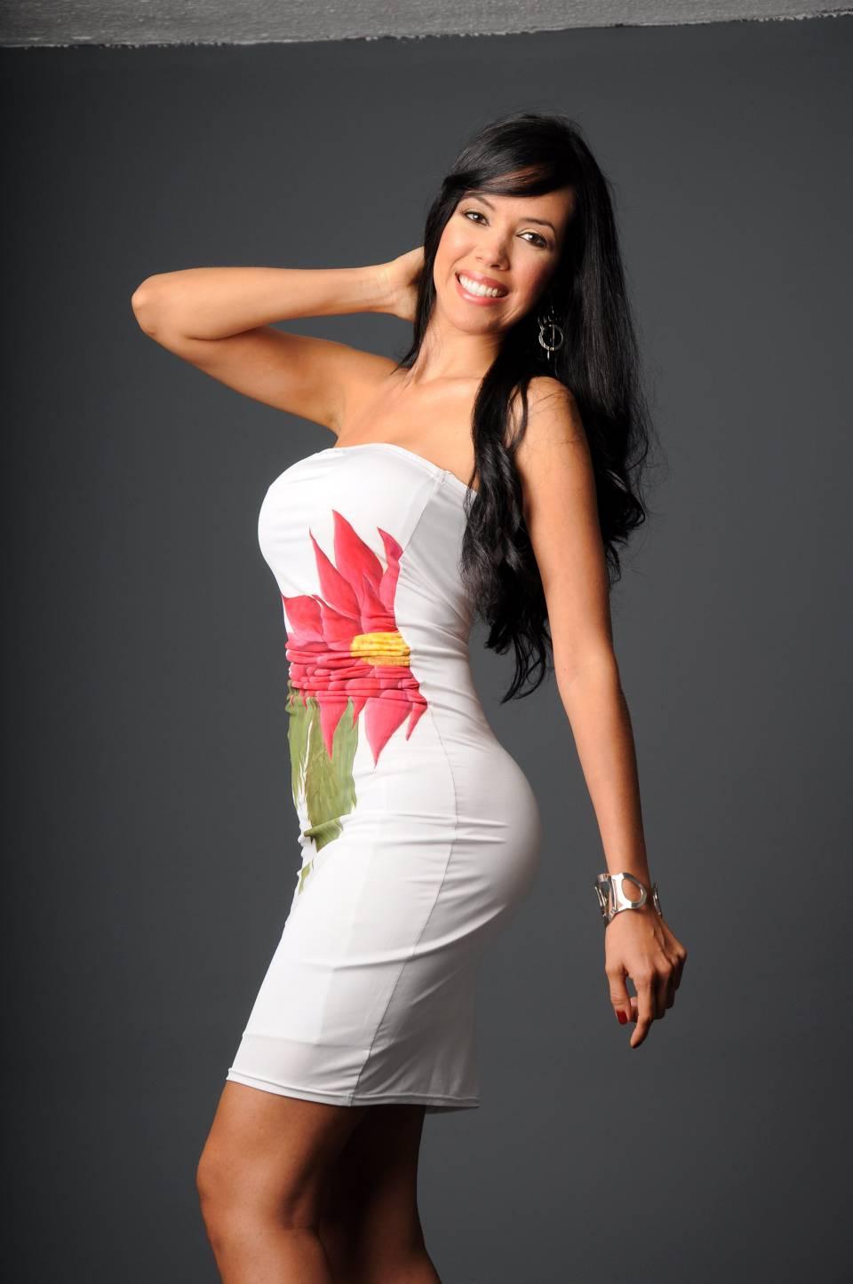 Alejandra Diaz Nude Photos 51
