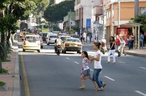 El peligro de cruzar las calles