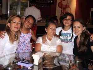 Rosario Jaimes, María Paola Fernández, Olga Arévalo, Manuela Betancourt y Luisa Fernanda Córdoba. Foto: Mauricio Villamizar / GENTE DE CABECERA