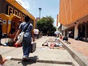 La Alcaldía iniciará labores de desalojo en la calle 49 entre carreras 35 y 35A, en Cabecera.