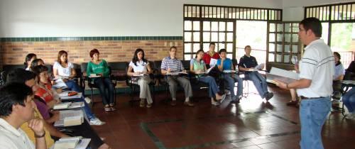 Profesores del San Pedro prepararon su espíritu