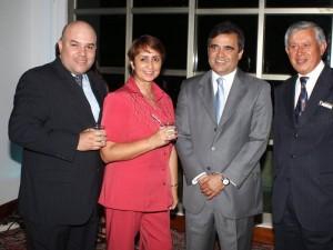 Julián Alberto Rueda, y Otros...