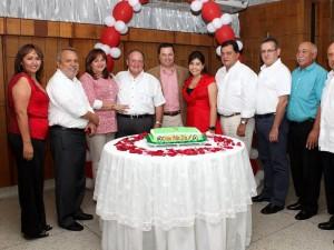 Martha Díaz, Mario Suárez, Claudia Silva, Tito Rueda, Diego Mendoza, Juliana Ogliastri, Henry Hernández, Gerardo Camelo, y Wilson González