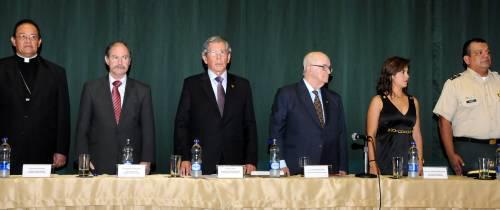 Condecoración ex ministro y ex alcalde