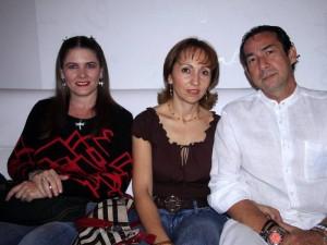Sandra Serrano, Nubia Bayona y Mister Badillo.
