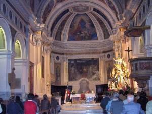 Vista general del interior de la Basílica Romana de San Agapito de Palestrina.