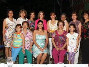Dalet Cure, Margot Ruiz, María Carreño, Sunaya Cure, María  Cure, Johana Cure, Rosalba Arias, Faride Cure, Lucía Castellanos, Luz Plata y Amparo Cure Ruiz.