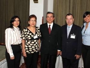 Carmen Puentes Pineda y Otros...