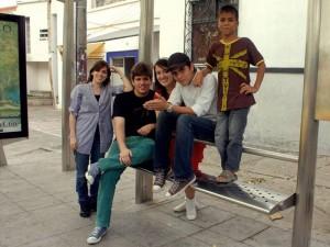 Grupo de estudiantes de la Unab, realizadores del documental 'Rebusque'.