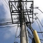 Cables en la calle 52 con carrera 35A