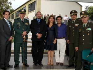 Constantino Tamí, Brigadier Félix Iván Muñoz, Dubaldo Troncoso, Emilse Suárez, Nelson Pinzón, Coronel Mario Aurelio Pedroza Sandoval y Brigadier José Ángel Mendoza.