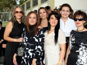 Fanny Olivera, Isabel Cristina de Giraldo, María Eugenia de Sotos, Susana Acosta Guerrero, Sandra Medina y Marcela Restrepo.