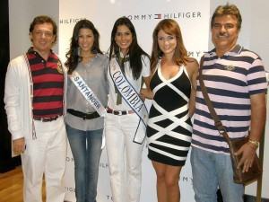 Pedro Ramírez, Laura Patiño, señorita Colombia Catalina Robayo, Silvia Becerra y Wilson Gamboa.