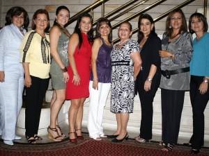 Claudia, Ester, Catalina, Mariana, Estella, Miryam, Janeth, Patricia y Claudia.
