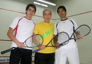 Además de ser comerciante, Enrique Becerra, quien dedicó parte de su vida al squash, es ahora dirigente deportivo.