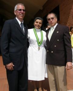 Sergio Torres, rectora Hermana Yanira Carrillo Figueroa y César Granados.