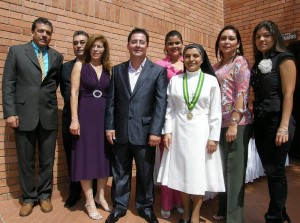 Gerardo Galán, Carlos H. Pérez, Hortencia Jiménez, Julián Lizarazo, Sandra M. Basto, rectora Hermana Yanira Carrillo, Nubia Macías y Maritza Ortiz.