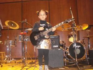 Con orgullo, Valentina cuenta que sus primeros pasos como violinista