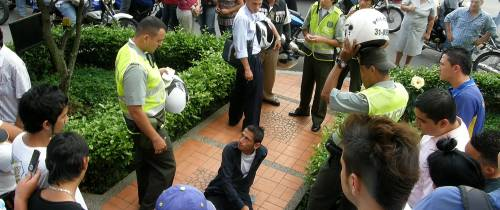 Comunidad golpea a presunto ladrón en Sotomayor