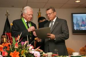 Personalidades de la ciudad hicieron presencia en la visita del científico alemán.