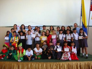 Los participantes del X Festival Intercolegiado de Declamación Infantil.