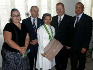 Laura Rey, Pedro Hernández, Hna Yanira Carrillo, Wilson Serrano y Leonidas Barrera.