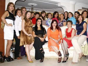 Gloria Ortiz y otros