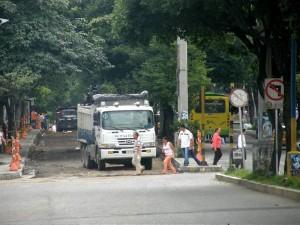 Obras que se realizan en la carrera 33 entre calles 52 y 56.