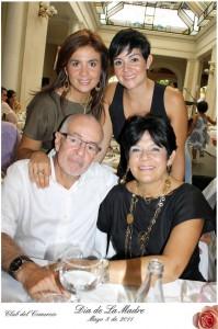 Herman Alfonzo, Gloria de Alfonzo, Ana Milena Alfonzo y Silvia Alfonzo.