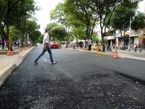 Para el 16 de junio estará listo el pavimento del primer carril de la carrera 33 entre calles 52 y 56.