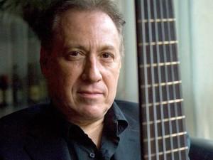El profesor Oscar Stagnaro estará en Bucaramanga hablando de latin jazz.