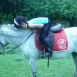 Las clases de equitación son una opción.