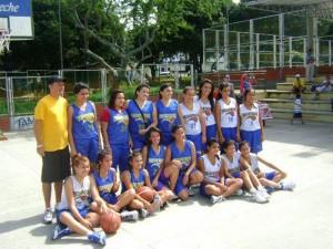 Jugadoras del equipo de baloncesto femenino.
