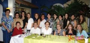 Martha Ortega y otras.