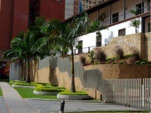 Mezcla entre arquitectura tradicional y moderna.
