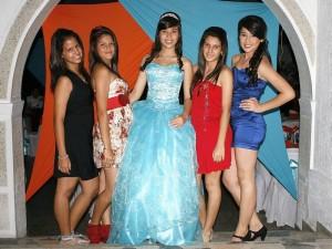 Laura Arenas MNatalia Rivera, Camila Durán, Laura Arenas Millán, María Alejandra Corso y Diana Sofia Arenas.