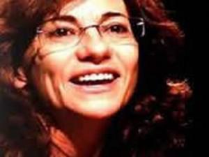 La poeta española Anna Aguilar-Amat estará en Bucaramanga.
