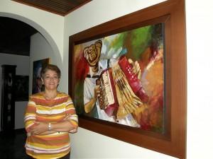 Mary es profesional en Delineante de Arquitectura y en Arquitectura y ha hecho talleres en Bellas Artes.