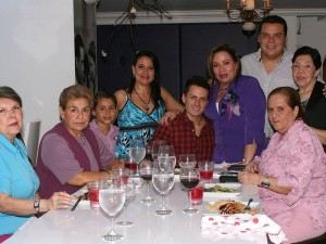 Blanca Guzmán, Marina Vásquez, Sebastián Bustamante, María del Carmen Bohórquez, Ester Bohórquez, Óscar Santiago Ardila Millán, Janeth Millán, Claudia Inés Ardila y Felipe Serrano.
