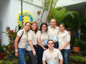 María Fernanda Buenahora, María Fernanda Carvajal, Silvia Schneider, Andrés Gómez Ocampo, Luz Esperanza Blanco y Sergie G. Rojas.
