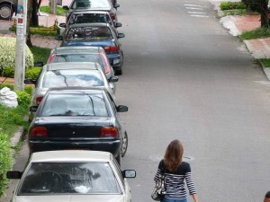 Los trancones que se forman diariamente en la carrera 37 entre calles 42 y 44 denunciados por un periodista del barrio.
