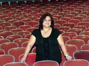 La carrera profesional de Sandra se ha inclinado siempre en el posicionamiento de actividades y escenarios culturales para la ciudad.