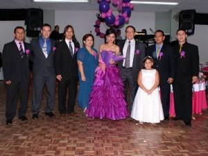 Edison Castro, Fernando Castro, Jaime Castro, Cecilia de Castro, Karen Castro, Leonel Castro, Mariana Castro, Nelson Castro y Cristian Castro.