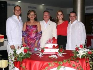 Juan Manuel Ruiz, Raquel Serrano, Carlos Manuel Ruiz, Liliana Ruiz y  Carlos Ruiz