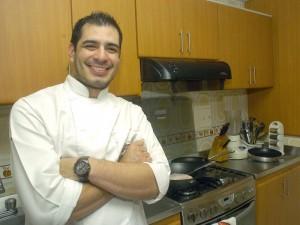 Luego de iniciar estudios de Ingeniería Financiera y Administración, Mario Fernando Camelo Serrano descubrió que lo suyo era la cocina.