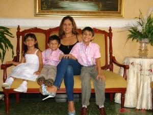 Ana, Mateo, Érika Paola y Paolo.