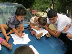 Se trata de los alumnos del grupo Noveno C, quienes estuvieron en el asentamiento humano El Túnel.