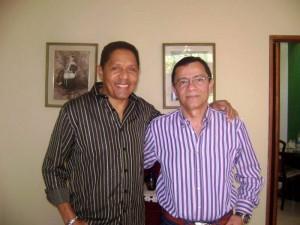 Junto a su gran amigo Israel Romero.