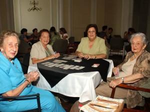 Inés de Uribe, Toña de Puyana, Leonor de Díaz y Luisa Emma de Romero.